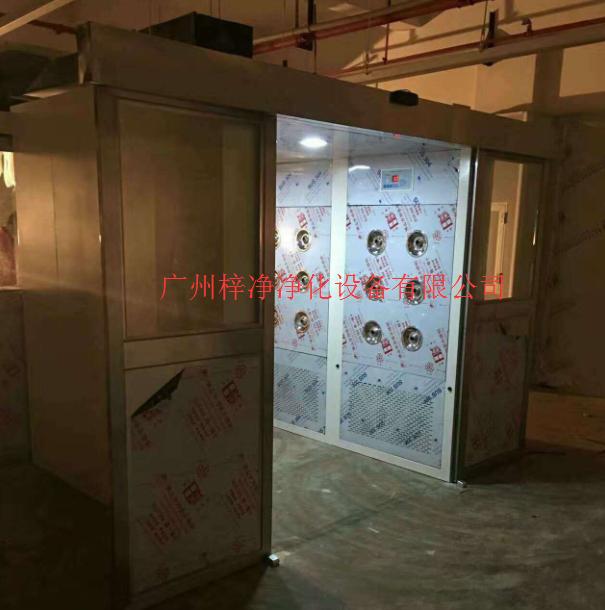 自动门货淋室现场安装图