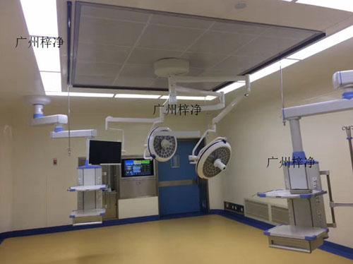 手术室送风天花模块采用钢板制成一个中空的长方体,送风天花长方体的内部中间固定安装有高效过滤器