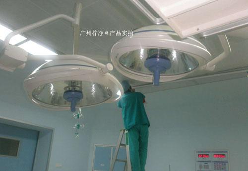 层流送风天花是现代医院手术室必用的一种净化装置。